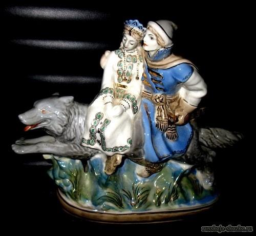 Иван-царевич и серый волк фарфор