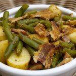 Овощная сказка: Салат картофельный теплый с беконом и стручковой фасолью