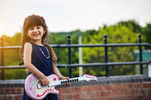 Дети учатся музыке