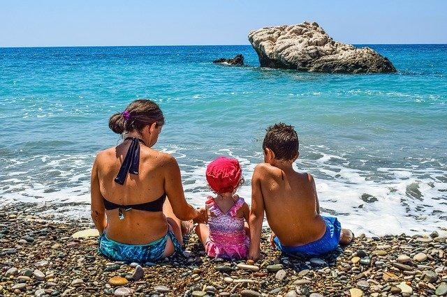Всей семьёй на отдых к морю
